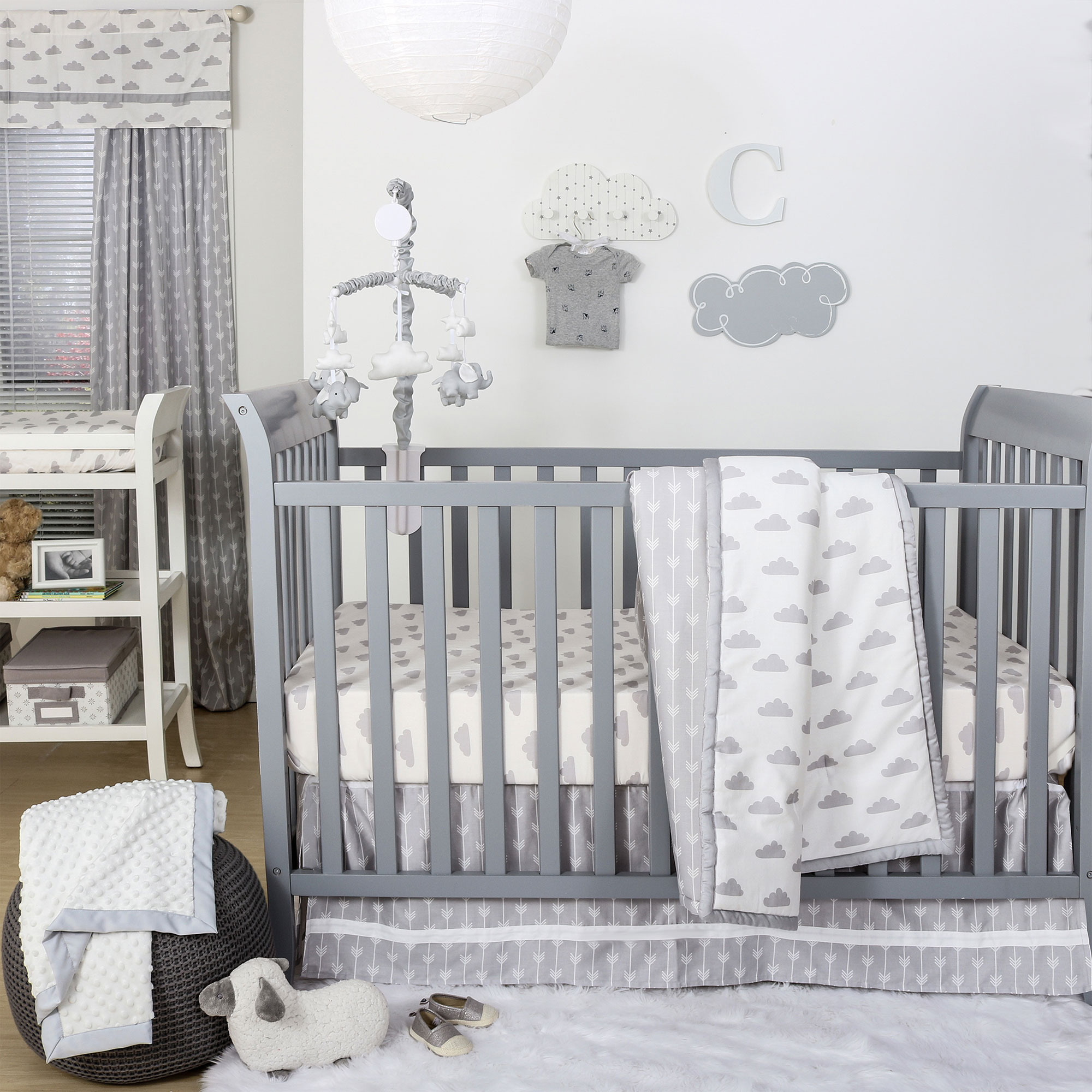 grey and white cloud print 3 piece baby crib bedding set by the peanut shell 615339564583 ebay. Black Bedroom Furniture Sets. Home Design Ideas
